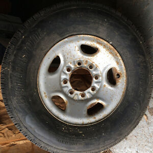 Chevy Express 3500 Tire and Rim