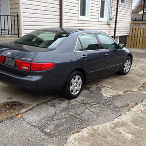 Honda Accord 2005 for 5500 only with Negotiable price