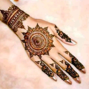 Book you appointment for Henna on eid,Open house
