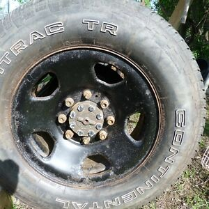 TR 275/70R18 Continental on 8 bolt rims Peterborough Peterborough Area image 9