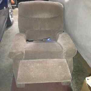 power lift/reclining chair