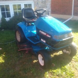 Ford LS 25 Riding Lawnmower Peterborough Peterborough Area image 1
