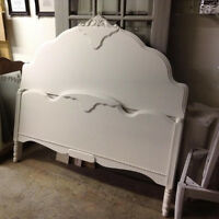 Double head board and foot board