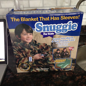 Kids Snuggie-USED ONCE!