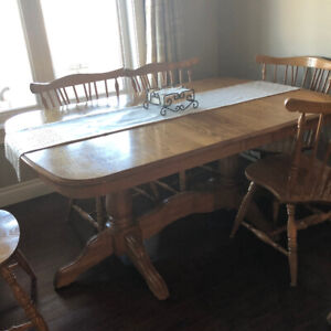 SOLID OAK TABLE SET (REDUCTED)