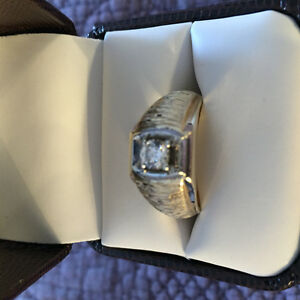 SALE. $2600.00. Executive Men's Solitaire. Kingston Ontario.