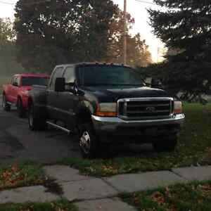 2004 Ford F-350 Lariat Diesel Dually - 8500 OBO