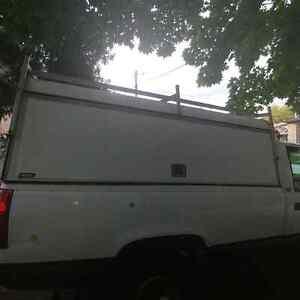 8 foot truck cap for sale asap! Kitchener / Waterloo Kitchener Area image 2