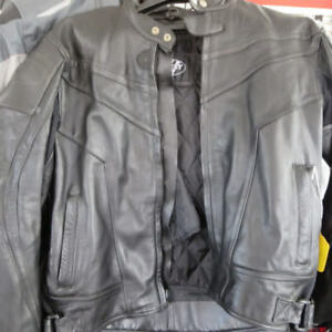 Joe Rocket  Leather Motorcycle Jacket Only $90 RE-GEAR Oshawa