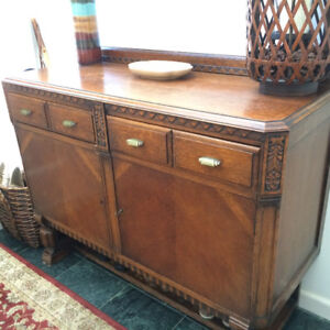 Antique, Quarter-Sawn Oak, Sideboard Buffet