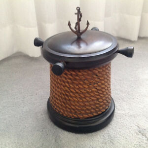 Nautical themed ice bucket / storage container