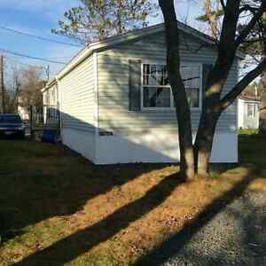 2 BR mini home on Lake Thomas Fall River