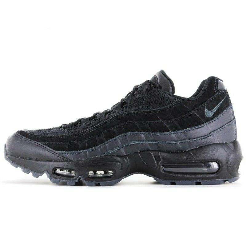 best website e328f d379c NIKE AIR MAX 95 ESSENTIAL