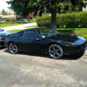1987 Pontiac Fiero sports car