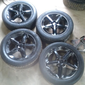 17 IN hyundai rims with 215 55 17. Tires