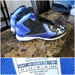 Size 4Y Under Armor cleats