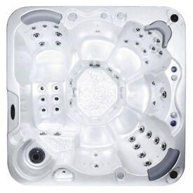 Wellis Dream Hot Tub/Jacuzzi/Spa Brand NEW