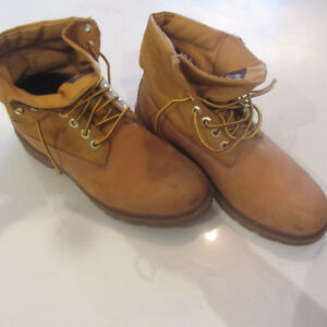 Timberland Boots (Size 7 1/2) - gently used