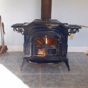 """Vermont Castings """"Resolute"""" Stove"""