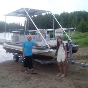 "20-foot Solar-Powered Pontoon Boat ""Loon"" with Trailer"