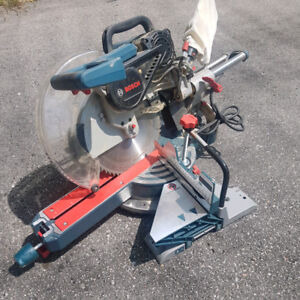 Bosch Dual-Bevel Siding Compound Mitre Saw -12""