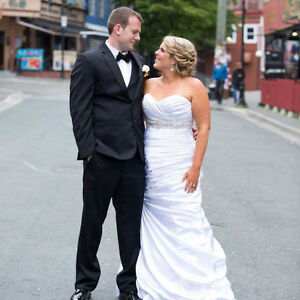 Wedding dress paid 1200 selling for 800 negotiable