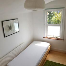 Single room in Seven Sisters