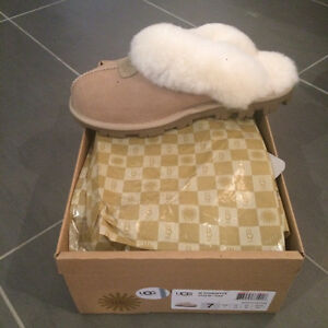 UGG Coquette Slippers in Sand - BRAND NEW - Size 7