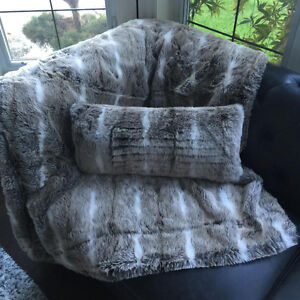 Faux Fur Throw Blankets and Pillow