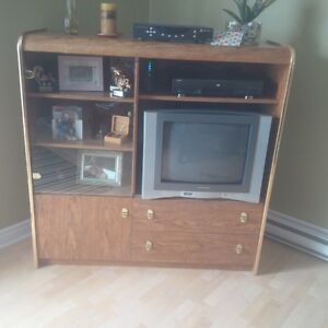 FREE!!! Entertainment Unit and TV included