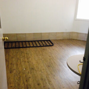 Student Rooms Unit Large Rooms University 1 month free INCLUSIVE Kitchener / Waterloo Kitchener Area image 4