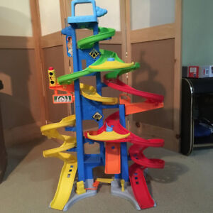 Fisher Price Little People City Skyway Race Tracks