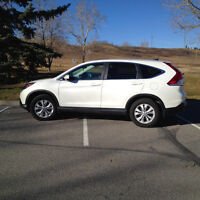 2013 Honda CR-V EX-L SUV. Low Km! Like new!