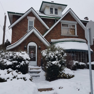 QUAINT 2 BEDROOM WITH OLD WORLD CHARM  BARNESDALE AVE SOUTH