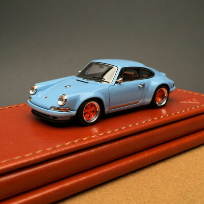 Make Up Titan 64 1:64 Scale Porsche Singer 911 964 Coupe Gulf Resin Car Model
