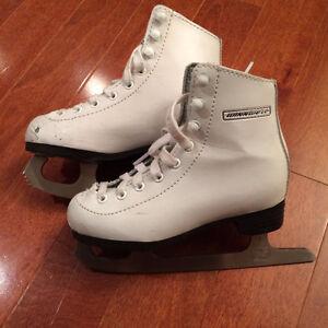 Girls size 11 Figure Skates