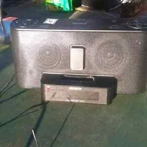 Sony Ipod dock. Sounds great 10$