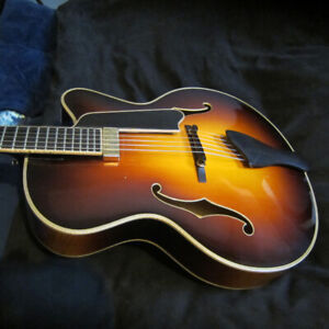 Eastman AR 910 CE Handcarved Archtop Guitar