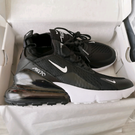 Nike Air Max 270 UK 7.5 EUR 42 BRAND NEW IN BOX