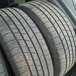 4 Used Michelin Defender tires 215 65 R16