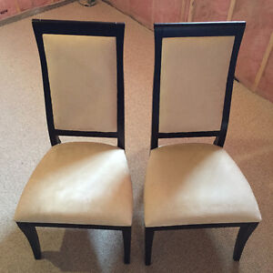 Dining Room Chairs x2