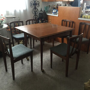 dining set, poker play table, carbinet for sale