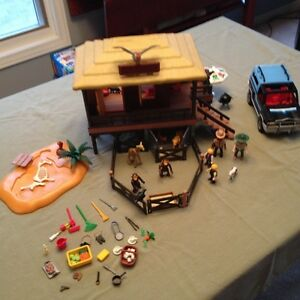 Playmobil Animal Care Station