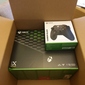 Xbox series x console with extra wireless controller