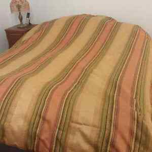 2 beds.  Single and queen Peterborough Peterborough Area image 2