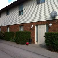 CLEAN, QUIET TWO BEDROOM APARTMENT ONLY $650 IN GLENCOE