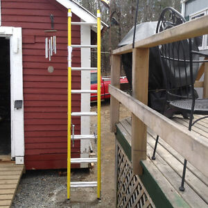 (3). 8ft featherlite extension ladders