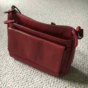 DANIER - Leather Purse London Ontario image 4