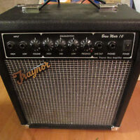 Excellent Condition Base Mate 10 Traynor Amp 10W for Bass Guitar