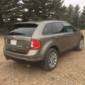 2013 Ford Edge SEL with AWD!